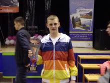 Zwycięstwo Oskara Matery w pierwszej walce na MP Seniorów w boksie Szczecin 2015