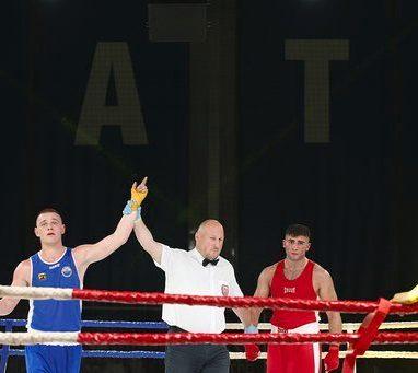 Zwycięstwo Mateusza Wodzińskiego na gali Silesia Boxing Night.